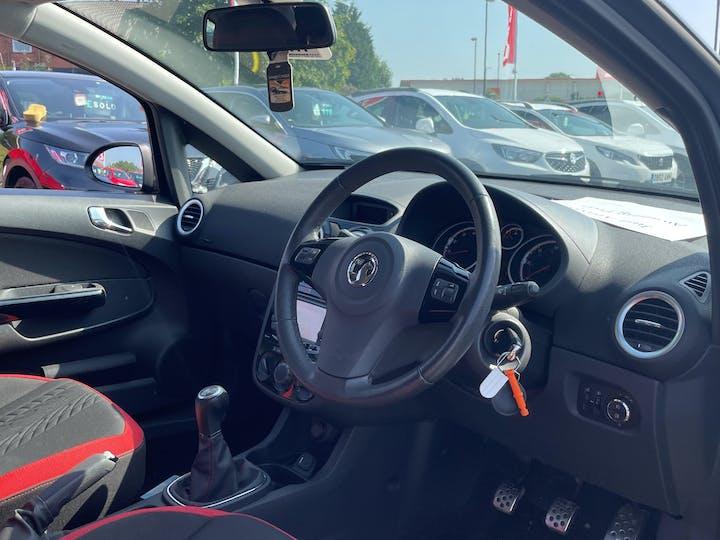 Vauxhall Corsa 1.4 I 16V SRi Hatchback 3dr Petrol Manual (a/c) (129 G/km, 99 Bhp)   BF63VUB   Photo 5