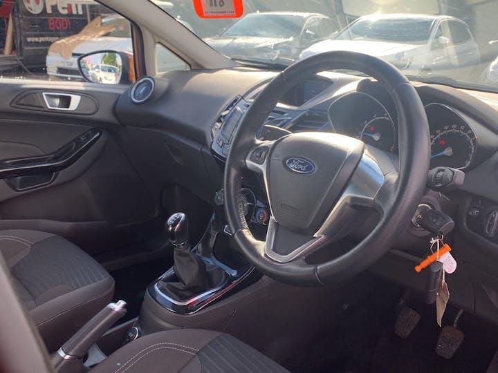 Ford Fiesta 1.0 T Ecoboost Zetec Hatchback 5dr Petrol Manual (s/s) (99 G/km, 99 Bhp)   EO65XRJ   Photo 5