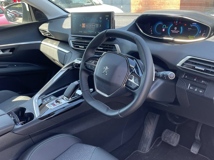 Peugeot 3008 1.6 13.2kwh Allure SUV 5dr Petrol Plug In Hybrid E Eat (s/s) (225 Ps)   FN21YYX   Photo 5