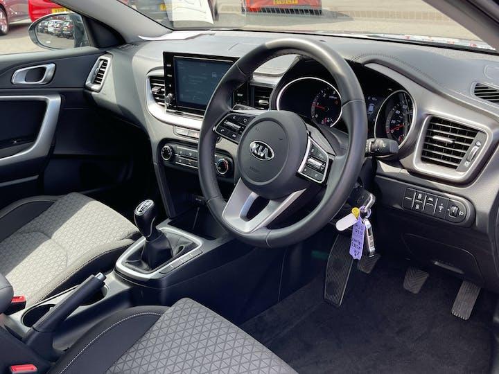 Kia XCeed 1.6 CRDi 2 SUV 5dr Diesel Manual (s/s) (114 Bhp) | LG20OTM | Photo 5