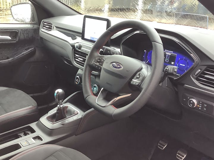 Ford Kuga 1.5 Ecoblue St Line First Edition SUV 5dr Diesel Manual (s/s) (120 Ps) | MA20WKD | Photo 5