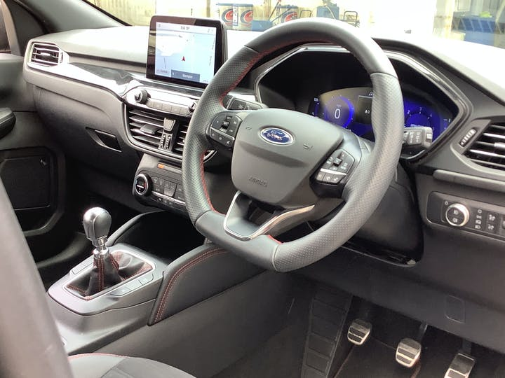 Ford Kuga 1.5 Ecoblue St Line SUV 5dr Diesel Manual (s/s) (120 Ps)   MA70ESO   Photo 5