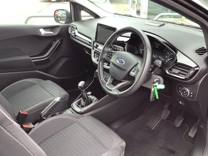 Ford Fiesta 1.1 Ti Vct Zetec Hatchback 3dr Petrol Manual (s/s) (85 Ps)   MD67JWO   Photo 5