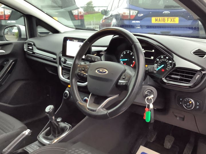 Ford Fiesta 1.1 Ti Vct Zetec Hatchback 3dr Petrol Manual (s/s) (85 Ps) | MJ67XRK | Photo 5