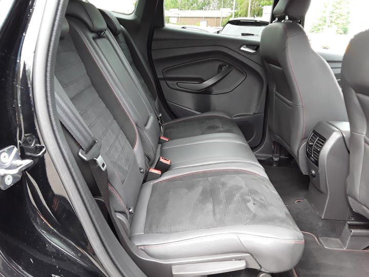 Ford Kuga 1.5 TDCi St Line SUV 5dr Diesel Manual (s/s) (120 Ps) | MJ68UST | Photo 5