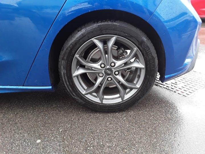 Ford Focus 1.0t Ecoboost St Line Hatchback 5dr Petrol Manual (s/s) (125 Ps)   MM69UHT   Photo 5