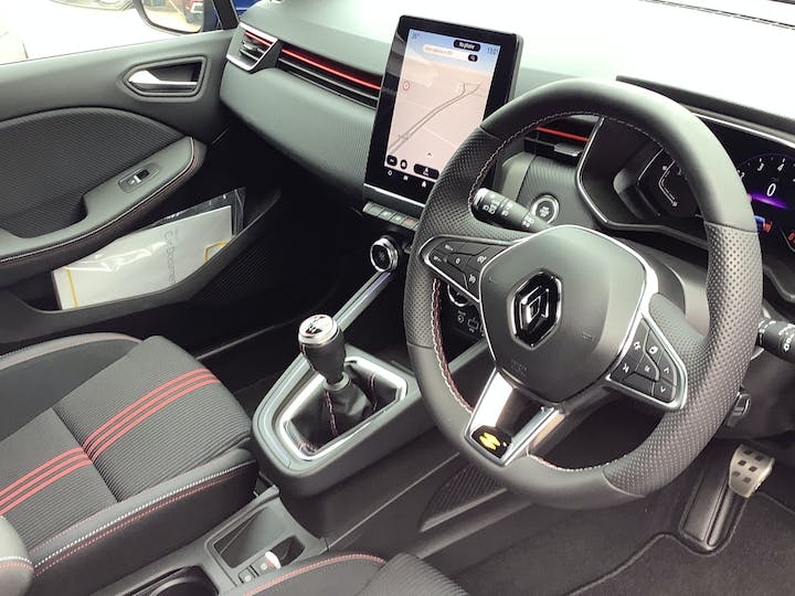 Renault Clio 1.0 Tce RS Line Hatchback 5dr Petrol Manual (s/s) (90 Ps) | MW21VFL | Photo 5