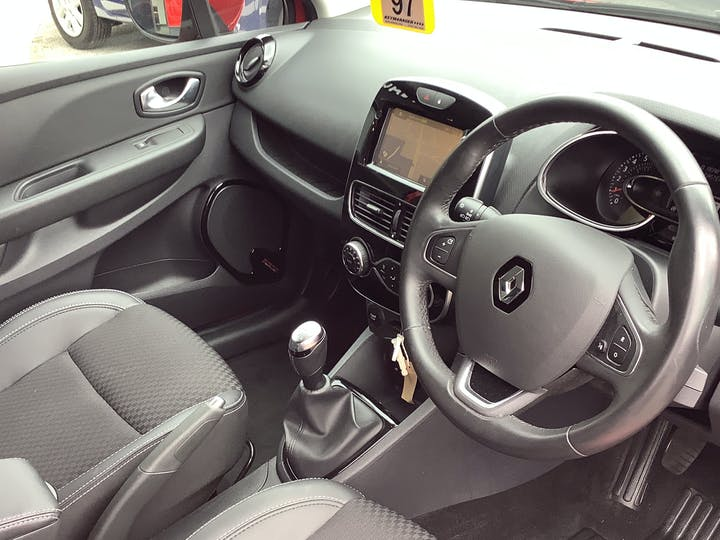 Renault Clio 0.9 Tce Dynamique S Nav Hatchback 5dr Petrol (s/s) (90 Ps) | OY17YYR | Photo 5