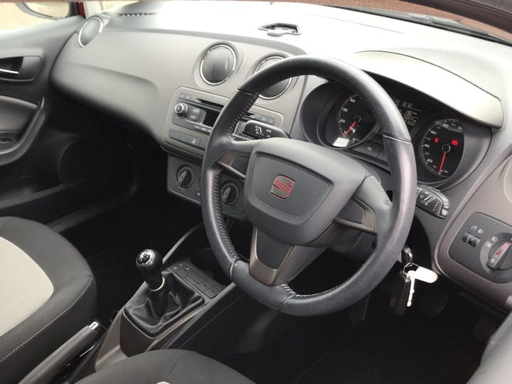 SEAT Ibiza 1.4 Toca St 5dr Petrol Manual (139 G/km, 84 Bhp)   YF63SXZ   Photo 5