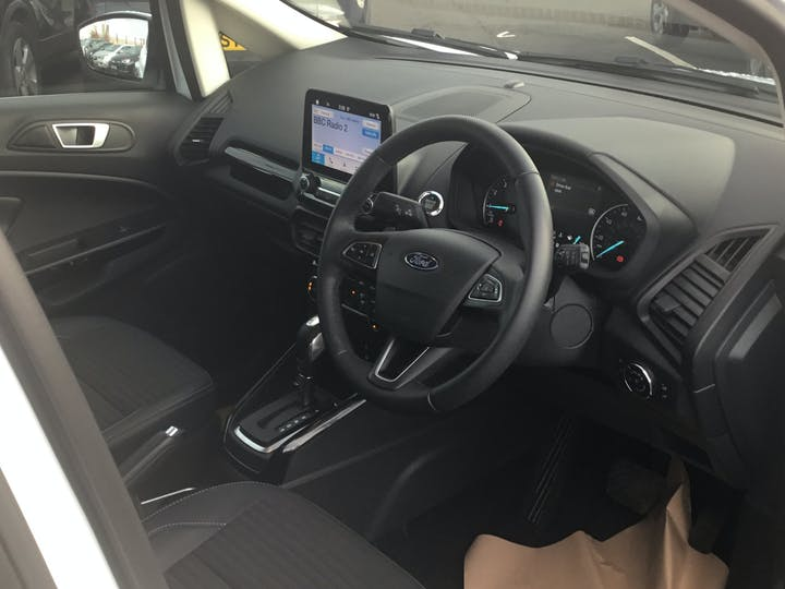 Ford EcoSport 1.0t Ecoboost Titanium SUV 5dr Petrol Auto (s/s) (125 Ps) | YP68XTW | Photo 5