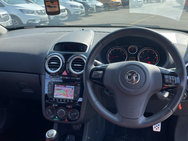 Vauxhall Corsa 1.4 I 16V SRi Hatchback 3dr Petrol Manual (a/c) (129 G/km, 99 Bhp)   BF63VUB   Photo 6