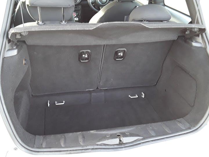 MINI Hatch 1.6 Cooper Soho Hatchback 3dr Petrol Manual (127 G/km, 122 Bhp)   BV61ODK   Photo 6
