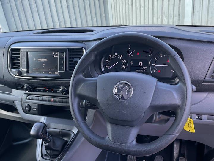 Vauxhall Vivaro 1.5 Turbo D 2900 Dynamic Panel Van 6dr Diesel Manual L2 H1 Eu6 (s/s) (100 Ps) | DV20AFN | Photo 6