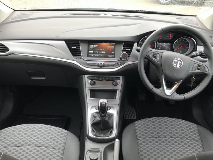 Vauxhall Astra 1.5 Turbo D Business Edition Nav Hatchback 5dr Diesel Manual (s/s) (122 Ps)   FP20OPA   Photo 6