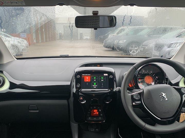 Peugeot 108 1.0 Collection Hatchback 5dr Petrol (s/s) (72 Ps)   FP70HZF   Photo 6