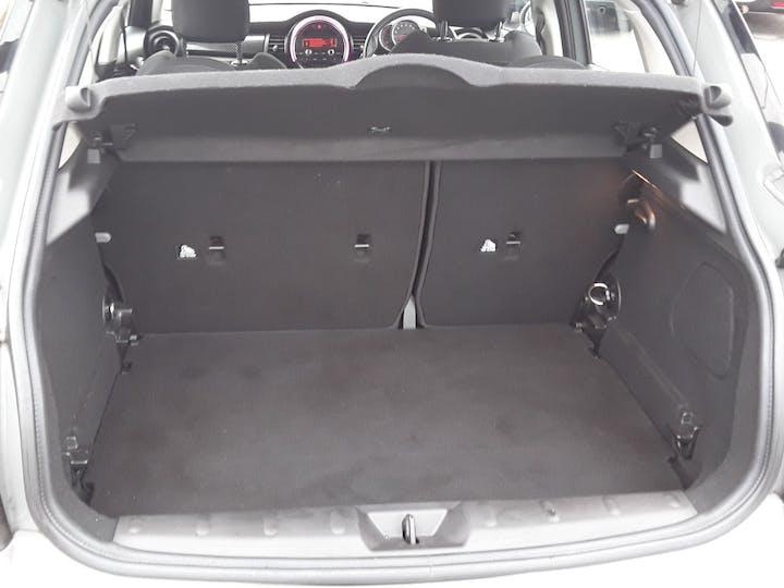 MINI Hatch 2.0 Cooper S Hatchback 5dr Petrol Auto (s/s) (192 Ps) | LA17GUH | Photo 6