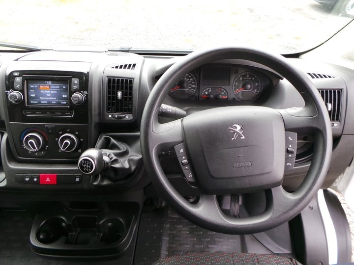 Peugeot Boxer 2.0 Bluehdi 435 Professional Panel Van 5dr Diesel Manual L4 H2 Eu6 (130 Ps) | LR68RZD | Photo 6