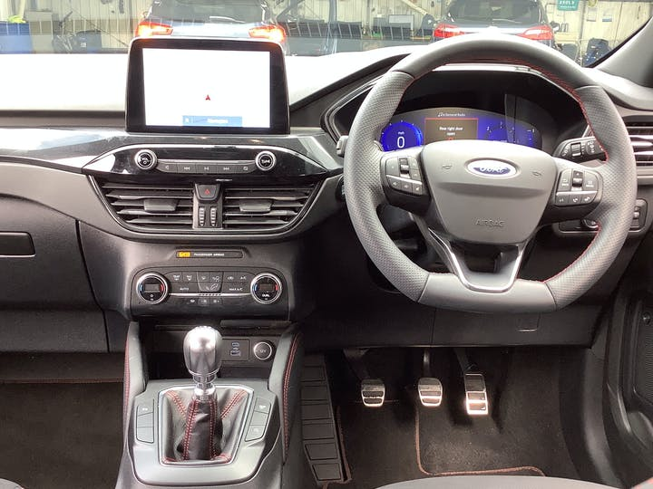 Ford Kuga 1.5 Ecoblue St Line SUV 5dr Diesel Manual (s/s) (120 Ps)   MA70ESO   Photo 6