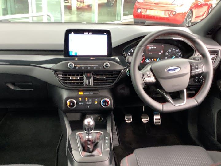 Ford Focus 1.0t Ecoboost St Line Hatchback 5dr Petrol Manual (s/s) (125 Ps) | MD19XDL | Photo 6