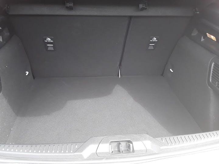 Ford Focus 1.0t Ecoboost St Line Hatchback 5dr Petrol Manual (s/s) (125 Ps) | ML19VBF | Photo 6