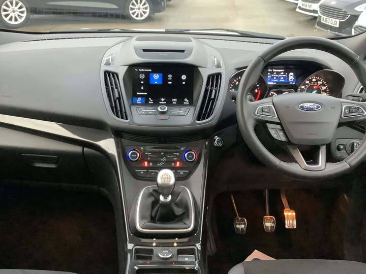 Ford Kuga 2.0 TDCi St Line X SUV 5dr Diesel Manual Awd (s/s) (180 Ps)   ML67KWG   Photo 6