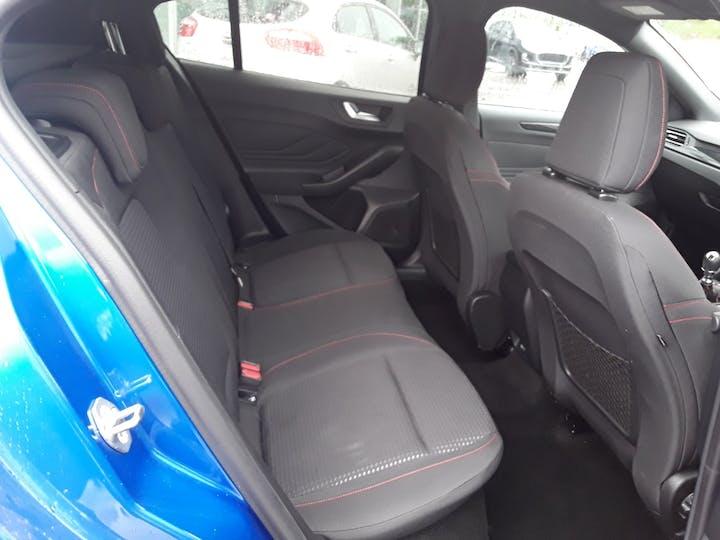 Ford Focus 1.0t Ecoboost St Line Hatchback 5dr Petrol Manual (s/s) (125 Ps)   MM69UHT   Photo 6