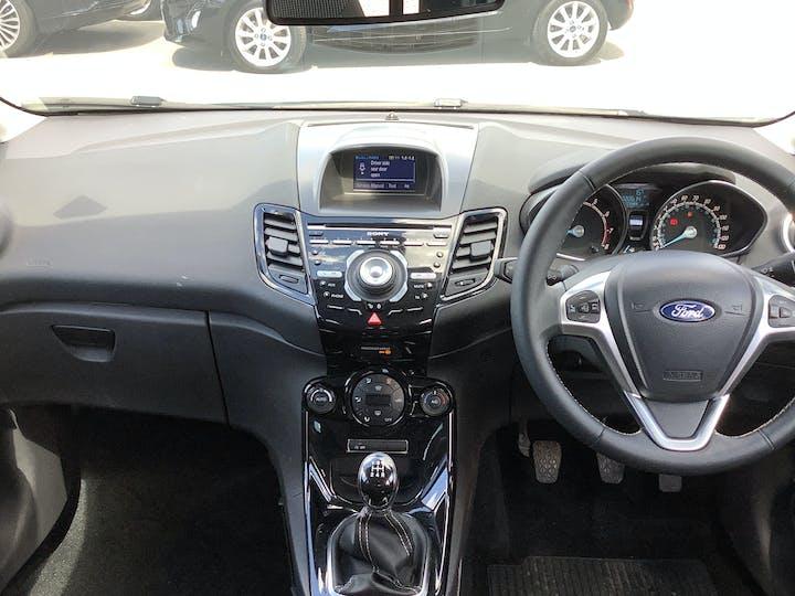 Ford Fiesta 1.0 T Ecoboost Titanium Hatchback 5dr Petrol Manual (s/s) (99 G/km, 99 Bhp)   MT65UFZ   Photo 6