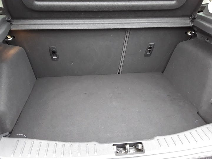Ford Focus 1.0t Ecoboost Zetec Edition Hatchback 5dr Petrol (s/s) (125 Ps) | MW18SUA | Photo 6