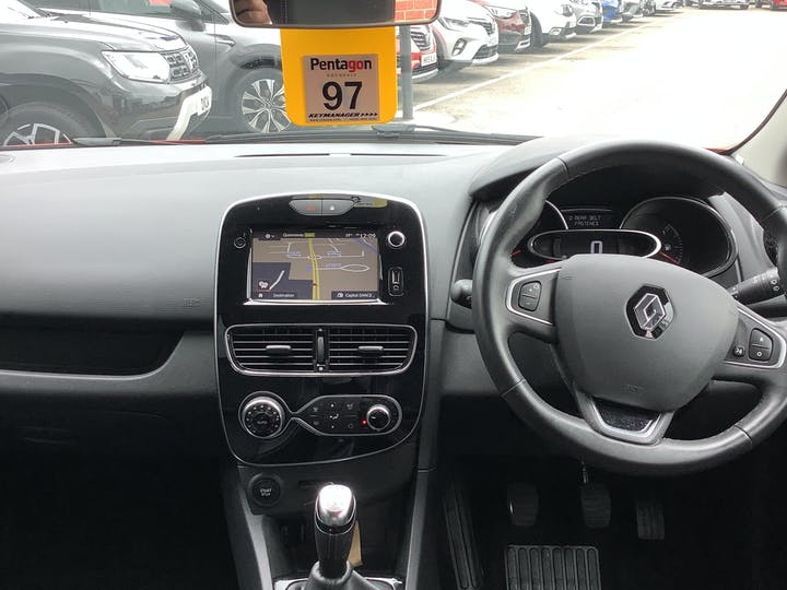 Renault Clio 0.9 Tce Dynamique S Nav Hatchback 5dr Petrol (s/s) (90 Ps) | OY17YYR | Photo 6