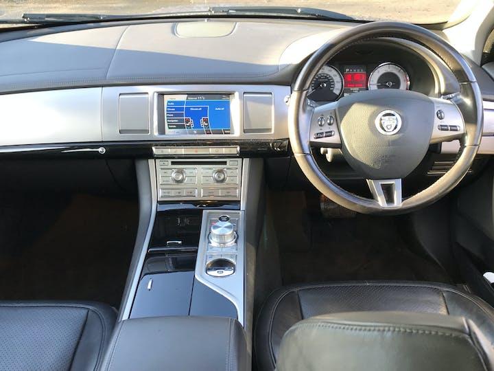 Jaguar XF 3.0 TD V6 S Premium Luxury Saloon 4dr Diesel Automatic (169 G/km, 271 Bhp) | RE11WBK | Photo 6