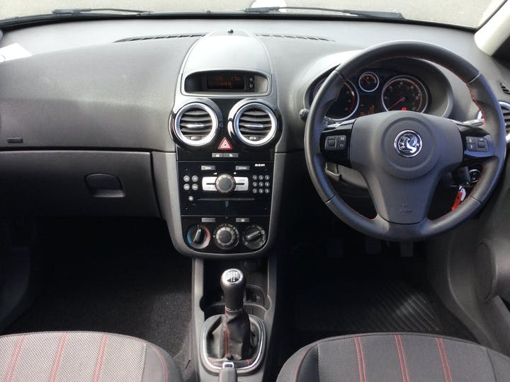 Vauxhall Corsa 1.2 I 16V SXi Hatchback 3dr Petrol Manual (124 G/km, 84 Bhp) | YD61XAT | Photo 6