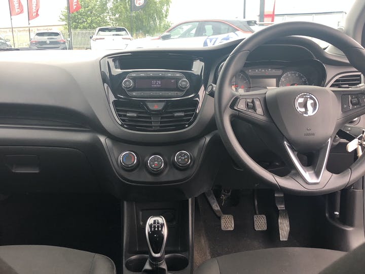 Vauxhall Viva 1.0i SE Hatchback 5dr Petrol (75 Ps) | YM65HHG | Photo 6