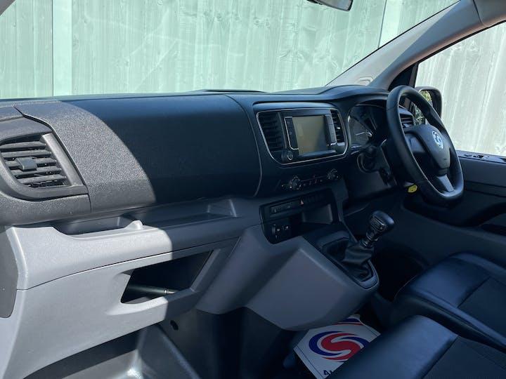 Vauxhall Vivaro 1.5 Turbo D 2900 Dynamic Panel Van 6dr Diesel Manual L2 H1 Eu6 (s/s) (100 Ps) | DV20AFN | Photo 7
