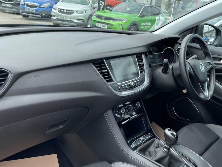 Vauxhall Grandland X 1.5 Turbo D Blueinjection Sport Nav SUV 5dr Diesel Manual (s/s) (130 Ps) | DY19DHO | Photo 7