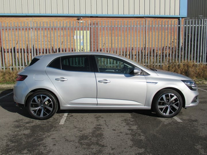 Renault Megane 1.3 Tce Iconic Hatchback 5dr Petrol Manual (s/s) (140 Ps) | DY19TLX | Photo 7