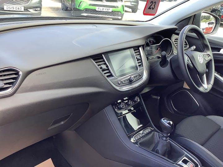 Vauxhall Grandland X 1.2 Turbo SRi Nav SUV 5dr Petrol Manual (s/s) (130 Ps) | FH69HVU | Photo 7
