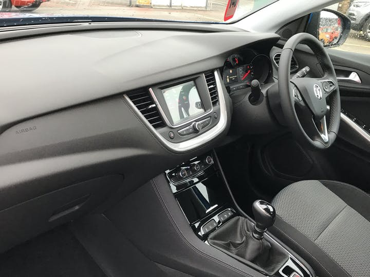 Vauxhall Grandland X 1.5 Turbo D Blueinjection SE SUV 5dr Diesel Manual (s/s) (130 Ps) | FP70ODK | Photo 7