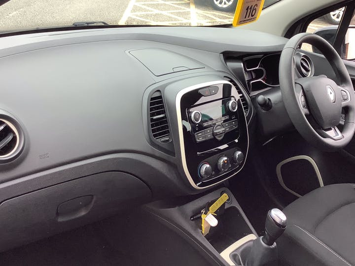 Renault Captur 0.9 Tce Energy Play SUV 5dr Petrol (s/s) (90 Ps) | HJ68VJG | Photo 7