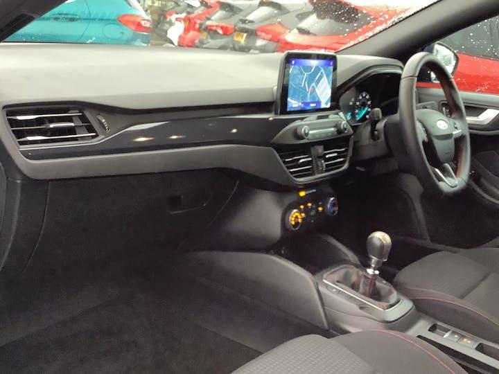 Ford Focus 1.0t Ecoboost St Line Hatchback 5dr Petrol Manual (s/s) (125 Ps)   MM19UWR   Photo 7