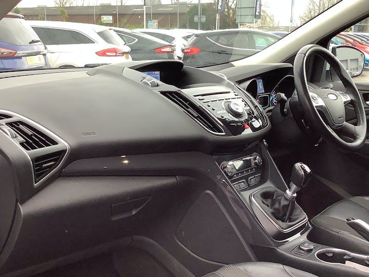 Ford Kuga 2.0 TDCi Titanium SUV 5dr Diesel Manual (122 G/km, 148 Bhp) | MT15GHY | Photo 7