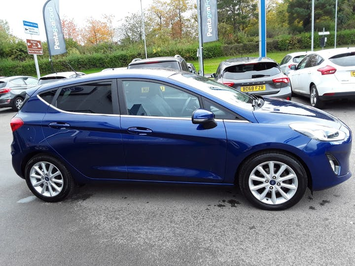 Ford Fiesta 1.0t Ecoboost Titanium Hatchback 5dr Petrol Manual (s/s) (100 Ps) | MT18YTH | Photo 7