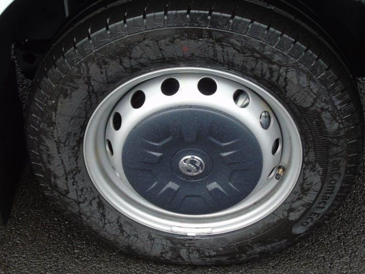 Vauxhall Movano 2.3 CDTi 3500 Biturbo Edition Panel Van 5dr Diesel Manual FWD L3 H2 Eu6 (135 Ps)   MT70YVA   Photo 7