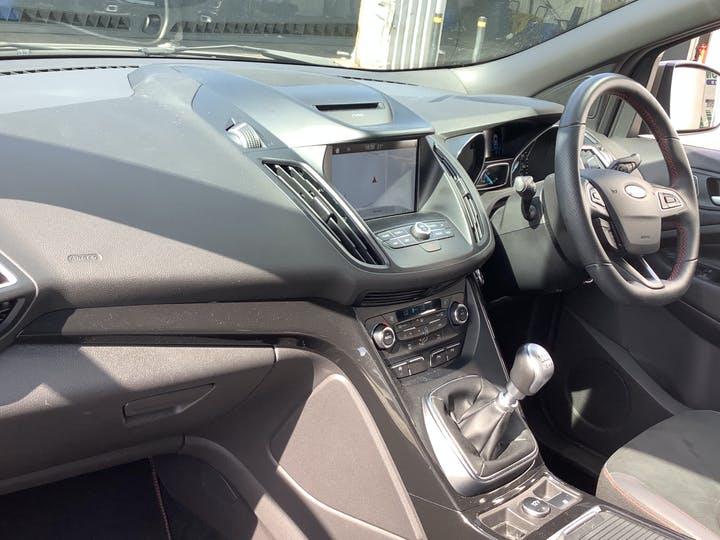 Ford Kuga 1.5 TDCi St Line SUV 5dr Diesel Manual (s/s) (120 Ps) | MV19AAY | Photo 7