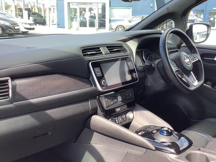 Nissan Leaf 40kwh N Connecta Hatchback 5dr Electric Auto (150 Ps) | VU69EOF | Photo 7