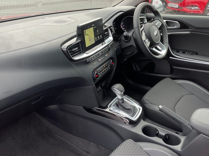 Kia Ceed 1.4t Gdi ISg 3 5dr Dct Auto | YM70VXS | Photo 7