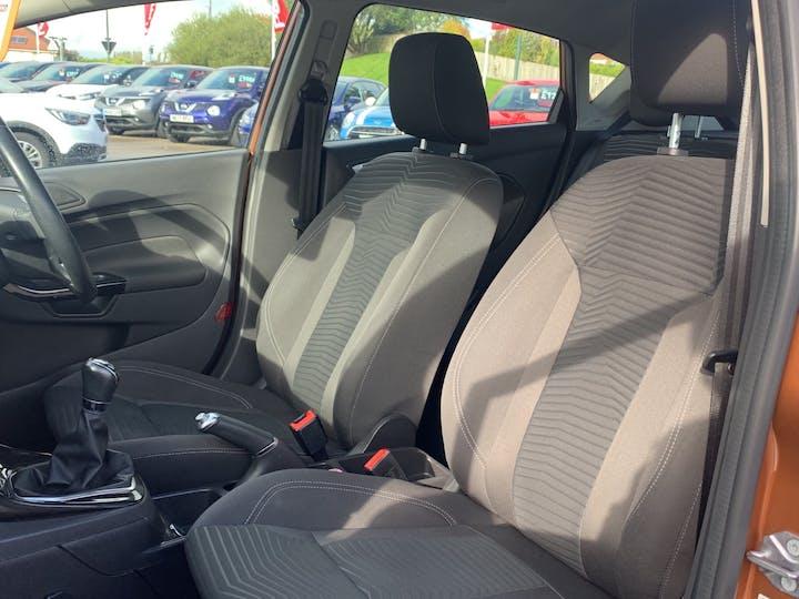 Ford Fiesta 1.0 T Ecoboost Zetec Hatchback 5dr Petrol Manual (s/s) (99 G/km, 99 Bhp)   EO65XRJ   Photo 8