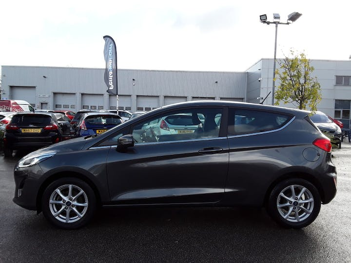 Ford Fiesta 1.1 Ti Vct Zetec Hatchback 3dr Petrol Manual (s/s) (85 Ps) | MA18ZKO | Photo 8