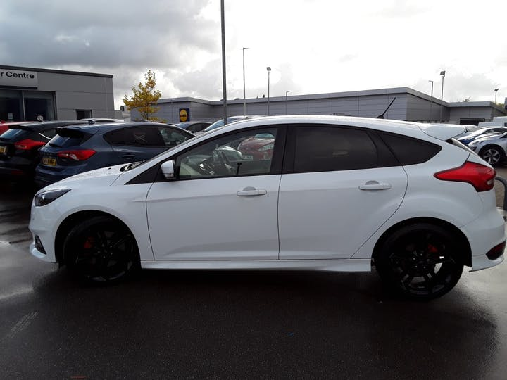 Ford Focus 2.0t Ecoboost ST-3 Navigation 5dr | MF18SYX | Photo 8