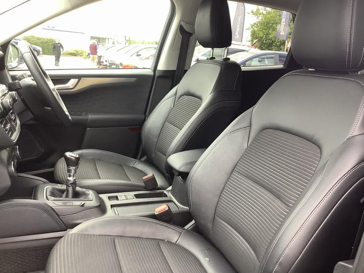 Ford Kuga 1.5 Ecoblue Titanium First Edition SUV 5dr Diesel Manual (s/s) (120 Ps)   ML70ZXY   Photo 8