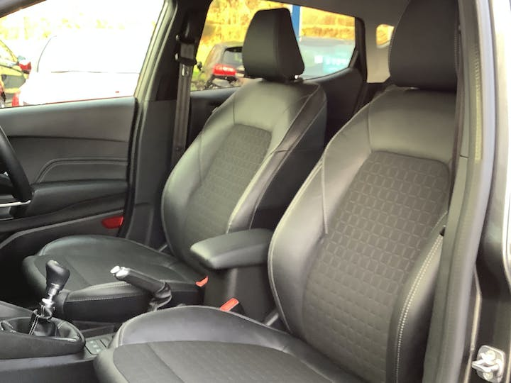 Ford Fiesta 1.0 100PS Active X 5dr | MM69BHL | Photo 8